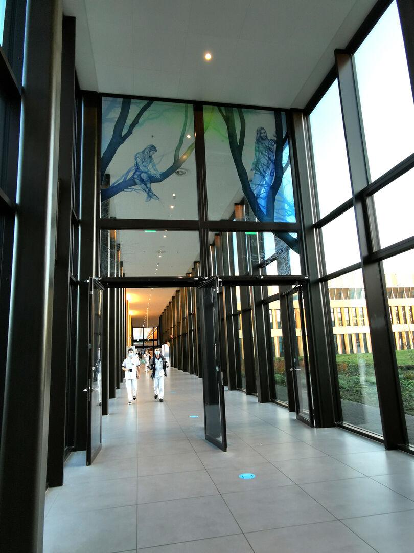 02 Gery Bouw en Jori van Boxtel glaskunstwerk  Amphia Ziekenhuis Breda 1...