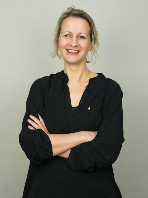 Esther Leenders